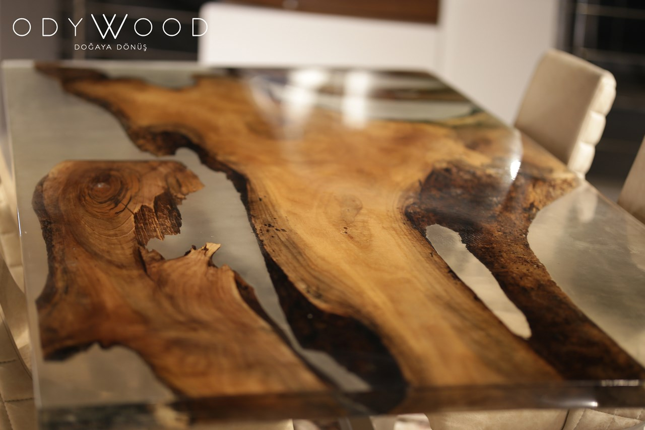 Resin Walnut Dining Table - Spontane Leg'in resmi