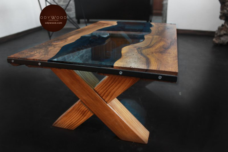 Riverart Oak Coffee Table'in resmi