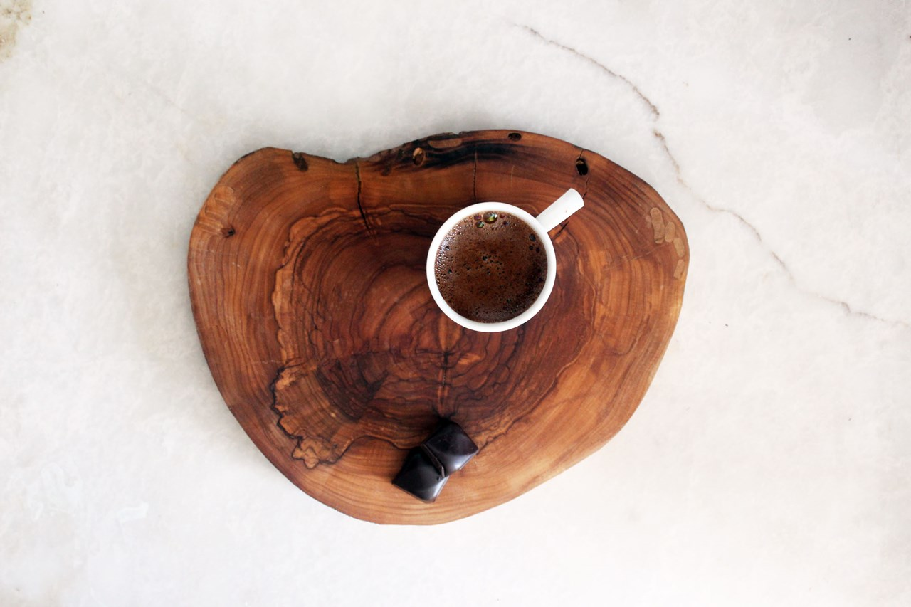 Olive Wood Chopping Board and Coaster - 10 pcs'in resmi