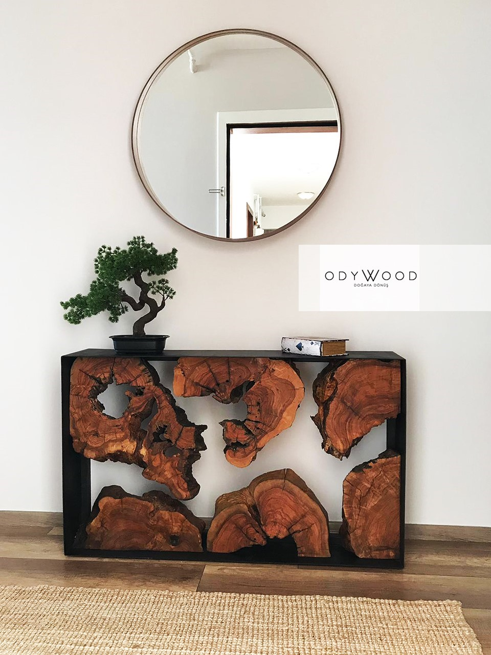Roots Olive Wood Dresser'in resmi