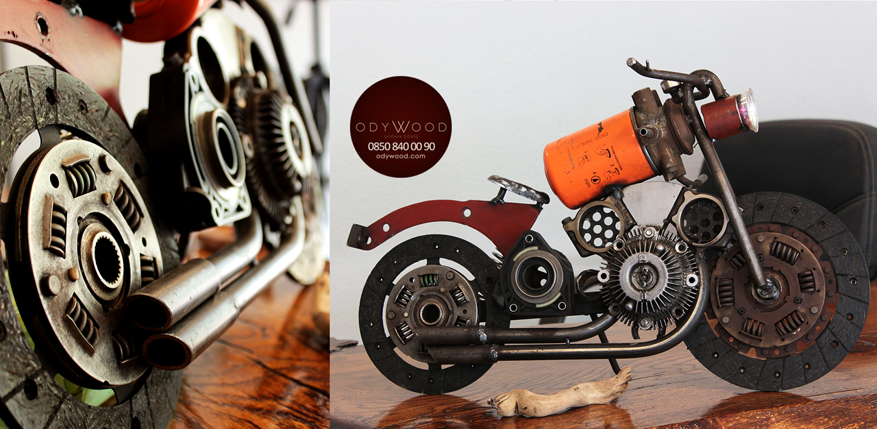 Metalsiklet v1 - Decorative Motorcycle'in resmi