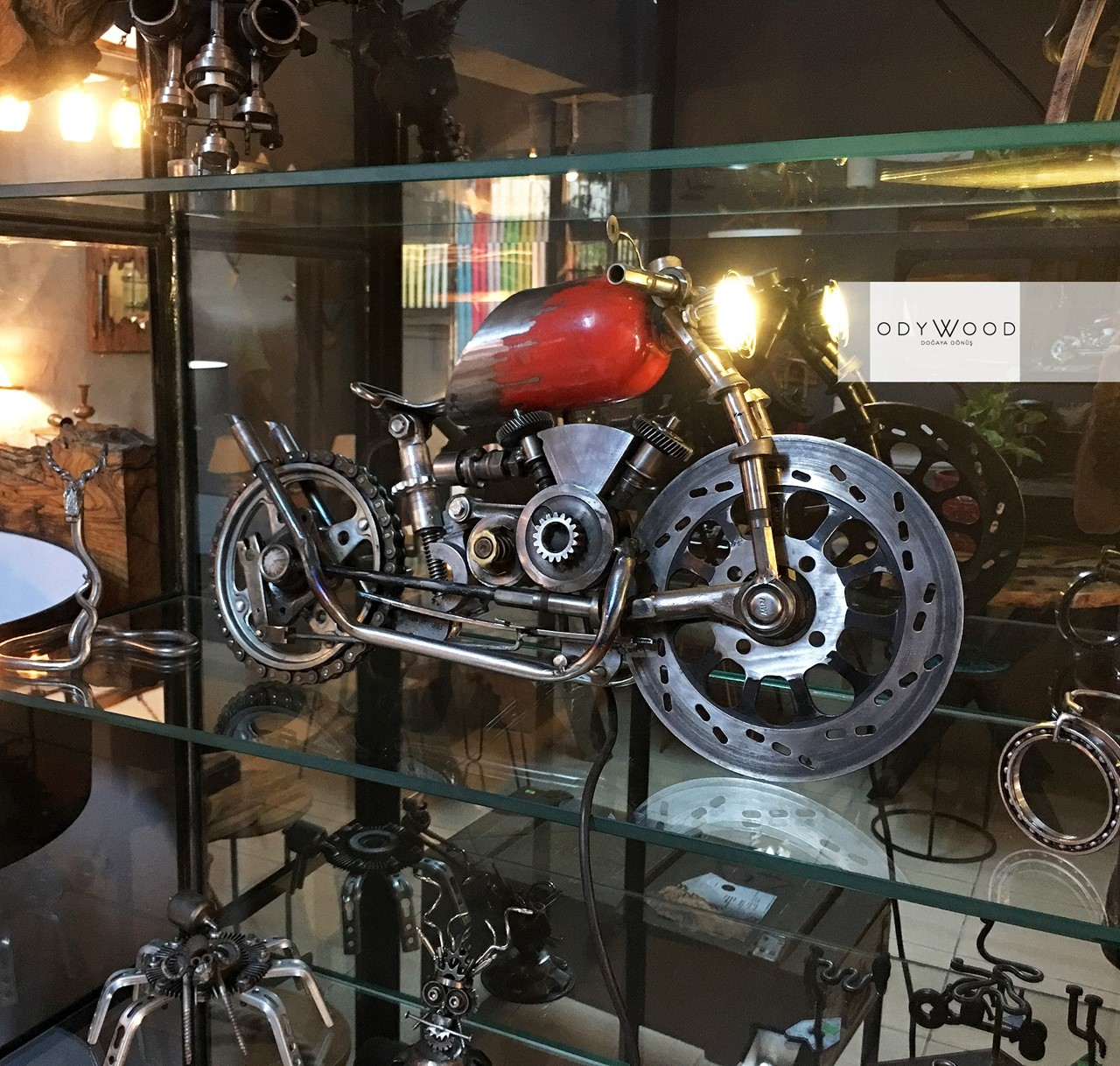 Metalsiklet v2 - Decorative Motorcycle'in resmi