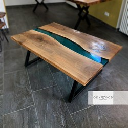 resin-river-epoxy-coffe-table-colored